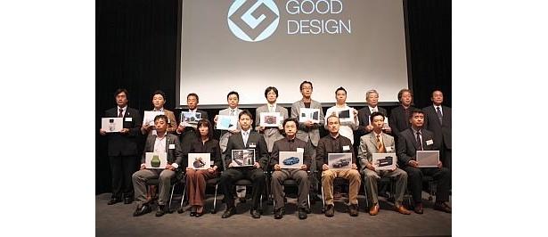 会見にはグッドデザイン大賞候補となった15件を担当したデザイナーたちが参加し、意気込みを語った