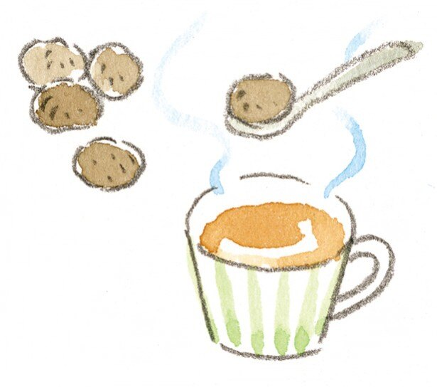 【写真を見る】おやつは、体を温める黒糖を。紅茶に入れて飲むのもオススメです
