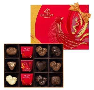 赤とゴールドを基調とした限定パッケージとリボンが華やかな「ゴディバ ヌーヴェラネコレクション」(6粒入・税抜1600円ほか)