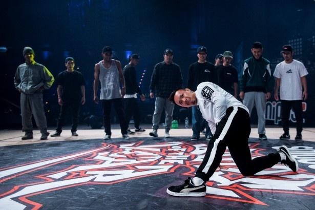 """【写真を見る】'16年の「Battle of the Year」で優勝した日本人チーム""""ザ・フローリアーズ""""。リーダーのTaisuke"""