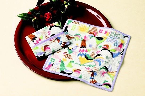 ラブラリー バイ フェイラー「カザミドリ ハンカチ」(2160円)、「ティッシュポーチ」(2484円)は正月ならでのプチギフト