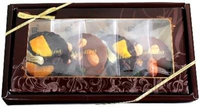 「マンディアン」(1100円)は「スイートチョコ&フルーツ」と「ミルクチョコ&ナッツ」の2種類のチョコアソート
