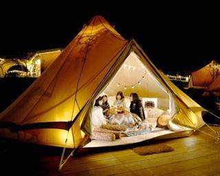 気の合う仲間とテントでこたつ。寒い冬をあったかく過ごそう