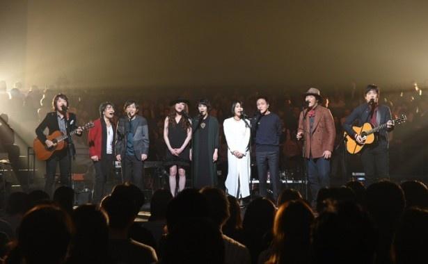 小田和正によるクリスマスライブに集結したアーティストたち
