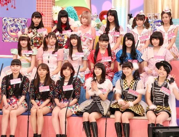 アンジュルムの他、ベイビーレイズJAPAN、神宿らアイドルが12組のアイドルが集結