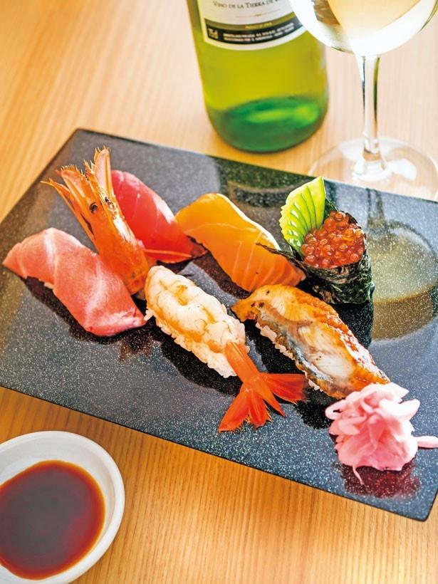 うなぎ(大)、ボタン海老、中トロ各432円など。握り寿司は2貫で108円~/すしまる