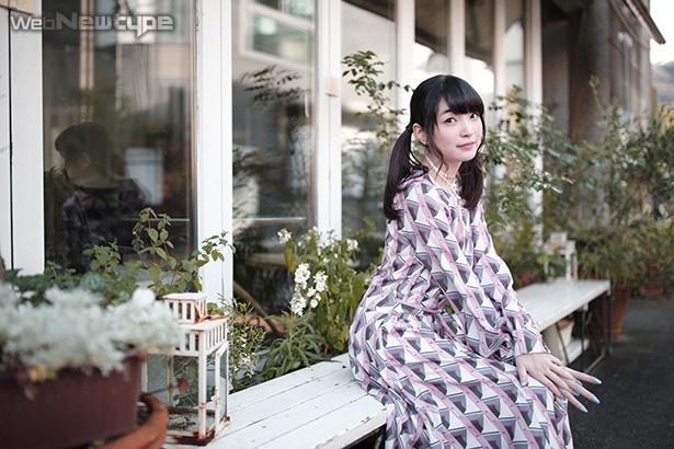 上田麗奈フォトコラム・暖かくて、澄んだ空気の町の色