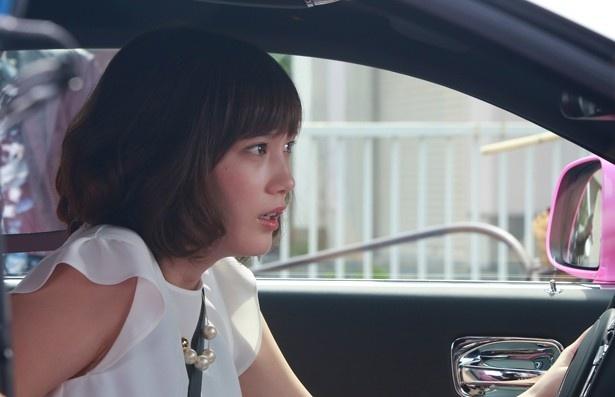 本田が演じるのは主人公・玲二を振り回すじゃじゃ馬娘・轟迦蓮