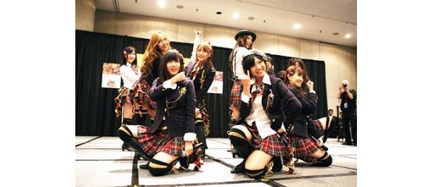 「楽しめました。また参加したい!」と語った前田敦子(写真前列左)