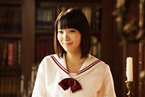 主演作が2本待機と2017年ブレイク待ったなしの飯豊まりえ(『暗黒女子』)