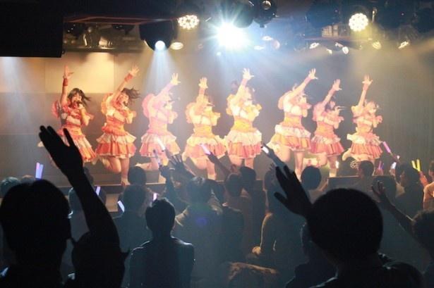 11月に行われた前回の定期公演では、3rdシングル「ルミカジェーン」とルミカとのコラボレーションで話題に