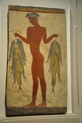 ミノス文明時代の「漁夫のフレスコ画」。火山の爆発によって火山灰に埋もれていたため、鮮やかな色彩が保存されている