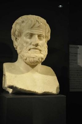 教科書で見たことがあるかもしれない、アリストテレス像も展示されている
