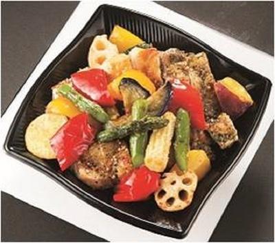 「ポール・ボキューズ」の「3種のローストチキンと彩り野菜DON弁当」(1100円)