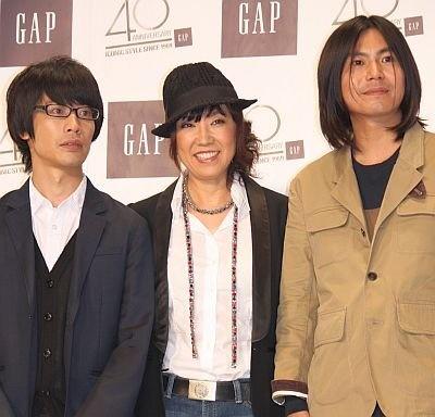 くるりの2人を「岸田くんは天才!佐藤くんもスゴイ」とユーミン。4、5年前にくるりの武道館ライブを見に行ったのがきっかけで交流が始まったという