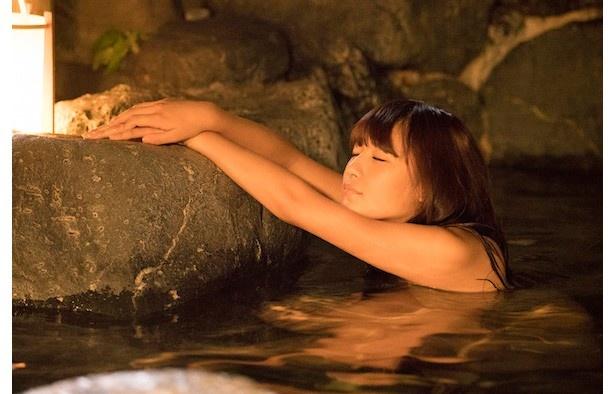 浅川梨奈演じる原村和が「強化合宿」で入浴
