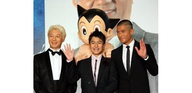 左から:手塚眞、香港版アトム役のイアン・グォ、香港版テンマ博士役のアーロン・クォック