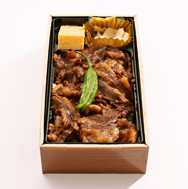 累計で約130万食を販売!1位は絶大な人気を誇る、イーションの「スペイン産 ベジョータ イベリコ豚重」(1100円)