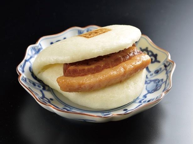 「岩崎本舗」(長崎)の長崎角煮まんじゅう(399円)