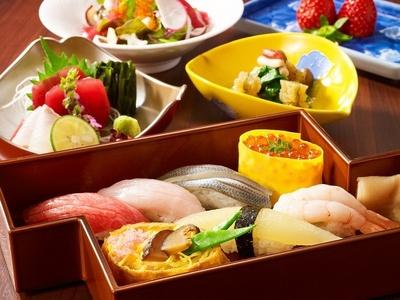 「寿司 濱芝」の「開運寿司ランチ」(4300円別途サービス料10%)