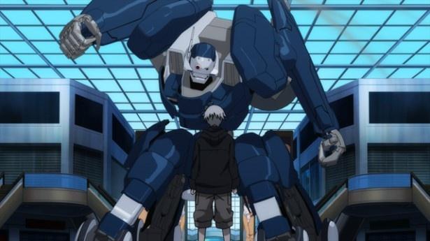 井上と勝田は警備ロボを制して人質の従業員を助けようと協力。野呂と大友も暴走する警備ロボを止めるために奮闘する