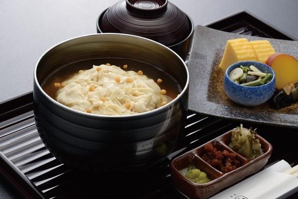 「下鴨茶寮」のトロ湯葉ご飯とお料理(1296円)
