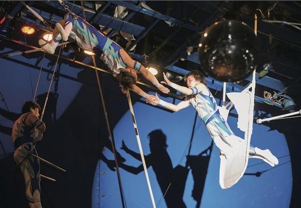 空中ブランコをはじめとしたサーカス芸を見よう!