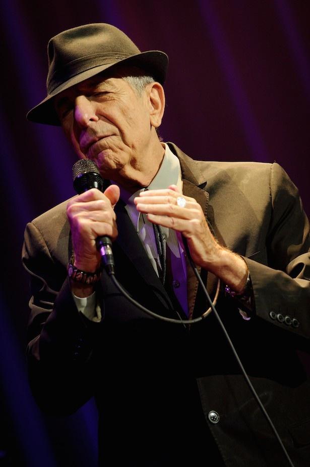レナード・コーエンはカナダ出身のシンガーソングライター