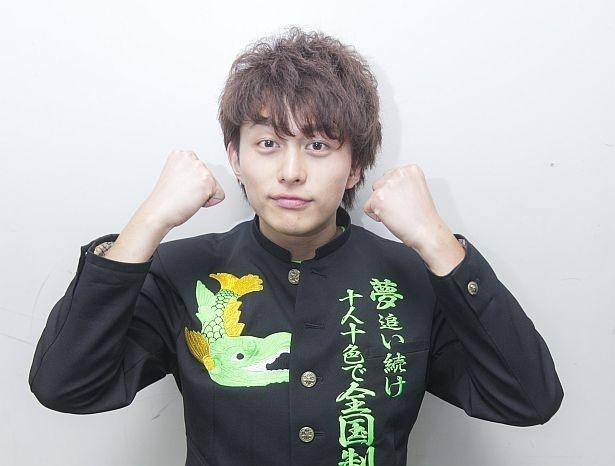 小林豊。テーマカラーは黄緑