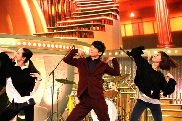 星野源はリハーサルで「恋ダンス」を披露