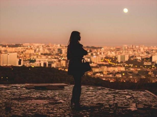 """リスボンの人は友人が作りやすかったり、恋人にめぐり合いやすいという点でこ""""出会いの街""""とも呼ばれる"""