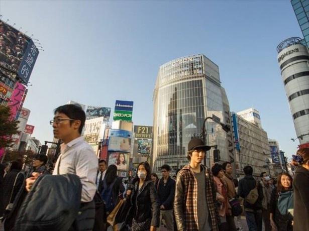総合13位東京は「文化的な都市」としてパリに並び1位に輝くものの、「セックスをしない都市」、「仕事のストレスが多い都市」、「物価が高い都市」としても1位という結果に
