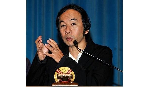 名誉賞を受賞した塚本晋也監督