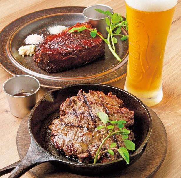 【写真を見る】シェアして食べたい人気のメニュー「BROOKLYN MASHED BEEF」(750円)や脂の旨味が絶品の「ミスジステーキ(約300g)」(3000円)/THE BUTCHER