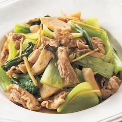 【夕飯レシピ】低カロリー・時短・体ポカポカ!の優秀おかず「豚肉とチンゲンサイのピリ辛炒め」