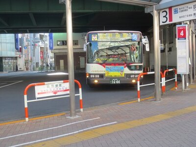「バスロータリー」からは、西武新宿線の井荻駅や上石神井駅、京王井の頭線の久我山駅に向かうバスが出ている