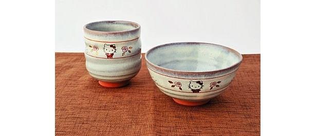 赤膚焼・大塩昭山 奈良絵湯呑(5250円)、奈良絵茶碗(8400円)