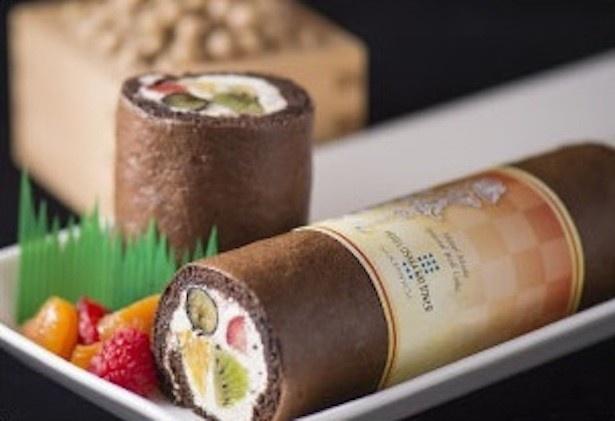 地産地消にこだわり原材料の一部に大阪産の米粉を使用した「恵方巻ロール」(800円)