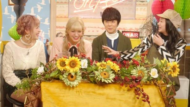 「オトナヘノベル」に出演の脇谷日南、紗蘭、ヒャダイン、清水富美加(左から)