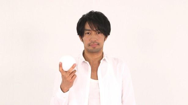 「あなたは今幸せですか?」でナビゲーターを務める大谷亮平