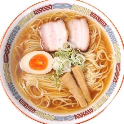 第2位「圓」の昔ながらの正油らーめん(650円、10月上旬より680円)。タレは町田の「岡直三郎商店」の濃口醤油に煮干し、カツオ節を合わせている。もちろん無化調!
