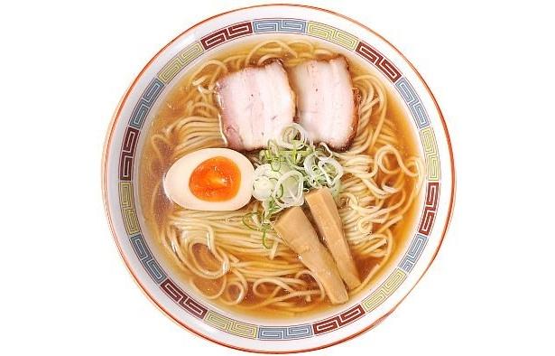 「煮干鰮らーめん  圓」の昔ながらの正油らーめん(680円)