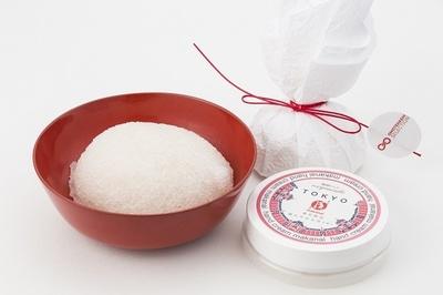 まかないこすめ「凍りこんにゃくスポンジ」(756円)は、化学成分を含まないこんにゃくのスポンジ