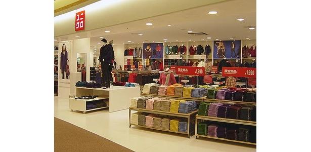 3階には「ユニクロ」の大型店も登場