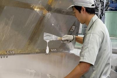 油脂が石鹸になっていく状態は、ヘラですくった時の垂れ方で監視