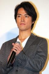 生田斗真が母性を体現「俳優人生のなかで最も苦労した役」
