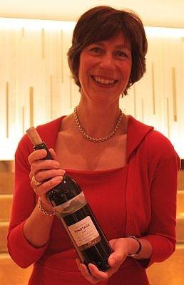 マスター・オブ・ワインのフィリッパ・カール氏。彼女の夫も同じ称号を持つが、そんな夫婦は世界でたった2組なのだとか