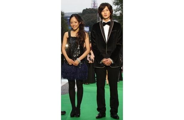『僕の初恋を君に捧ぐ』の井上真央と岡田将生コンビ