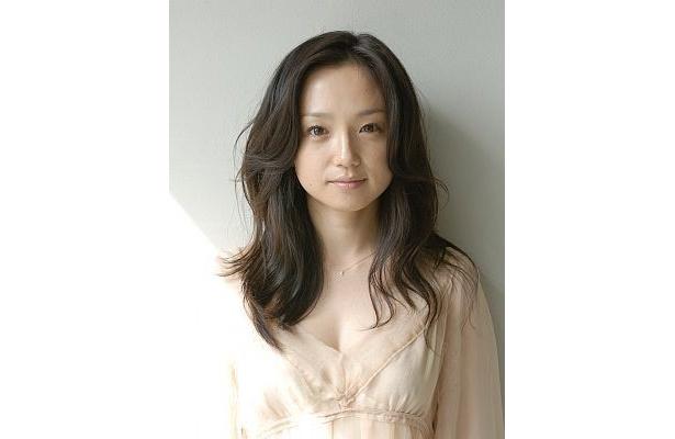 KW役に決定した、女優の永作博美さん