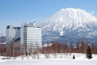 ヒルトンニセコビレッジの「ニセコ初雪キャンペーン」